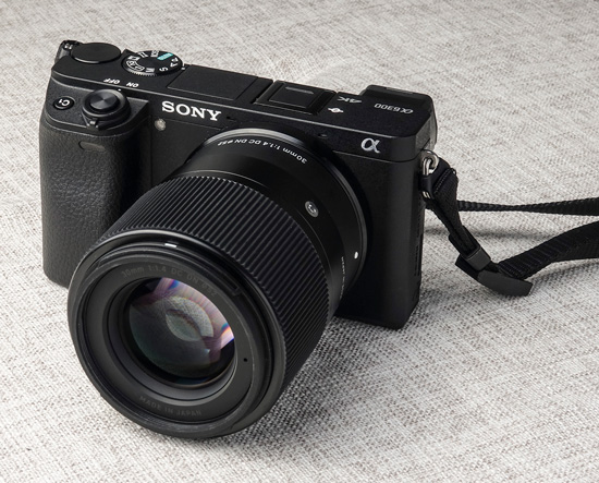 Sigma 30mm f/1.4 DC DN For Sony E-Mount
